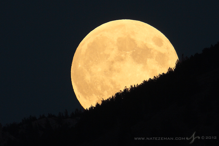 harvest_moon_by_nate_zeman-d5gi6vf